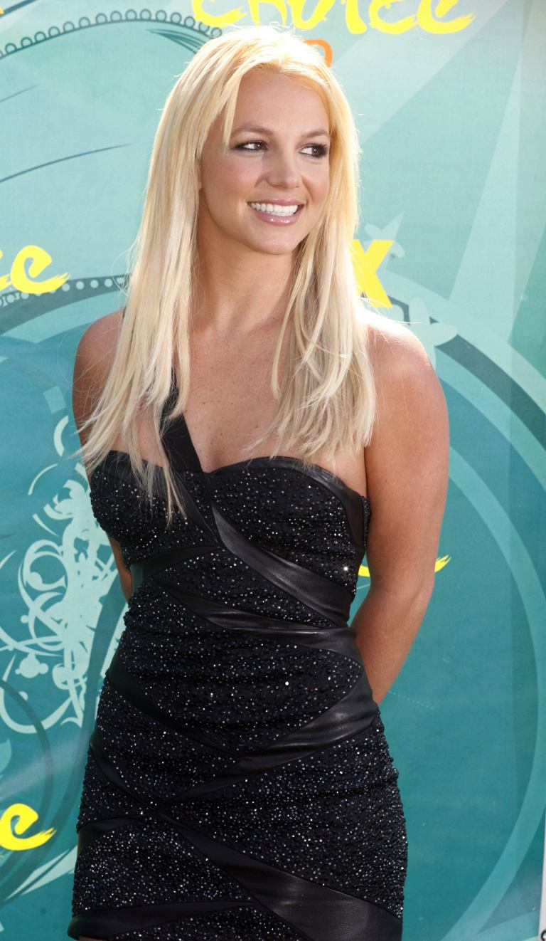 Britney Spears - 2009 Teen Choice Awards, Universal City, 08/09/2009